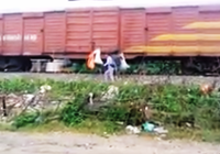 Phẫn nộ với hành động 'đưa rác đi Sài Gòn'