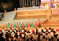 Kẹt cứng đường vì khai mạc Festival nghề truyền thống Huế
