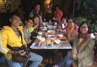 Ấm tình người tại Quán phở Việt trong cảnh động đất ở Nepal