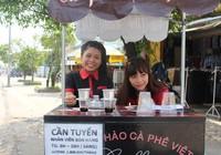Thú vị cà phê 'Take Away' trên phố Sài Gòn