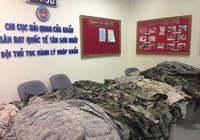 Bắt giữ lô hàng quân phục Mỹ vận chuyển trái phép tại sân bay