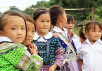 Chùm ảnh: Trung thu đến với trẻ em nghèo, vùng cao