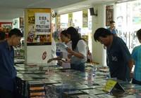 Hội chợ băng đĩa: Nhiều băng đĩa đồng giá chỉ 2.000 đồng