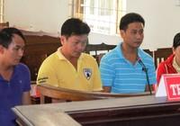 Bốn người thoát tù nhờ luật mới