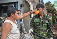 Lính biên phòng giúp dân chữa cháy kịp thời
