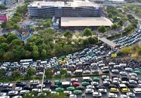 Thủ tướng trả lời TP.HCM về giảm ùn tắc ở Tân Sơn Nhất