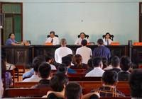 Luật sư đề nghị VKS giám sát cách hỏi của chủ toạ