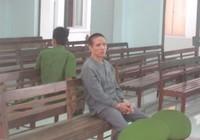 Kẻ xâm hại con ruột: 'Tòa muốn xử tử hình cũng được'
