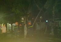 Cháy quán bar, nhiều người hoảng loạn tháo chạy