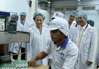 Đoàn đại biểu Quốc hội thăm nhà máy Vinamilk