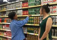 Người tung tiền mua 'người đẹp' bia Sài Gòn nói gì?