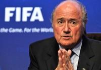 Chủ tịch FIFA vừa tái đắc cử đã xin từ chức