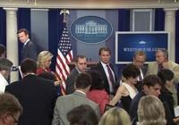 Nhà Trắng sơ tán vì bị tung tin đe dọa đánh bom