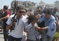IS xả súng kinh hoàng: 39 người chết