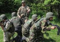 Ba bước Lầu Năm Góc huấn luyện quân đội Ukraine