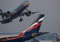 Ukraine cấm cửa máy bay Nga