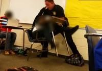 FBI vào cuộc vụ giám thị an ninh bạo hành học sinh