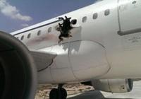 Somali xác nhận máy bay chở khách bị đánh bom