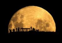 Hé lộ bí ẩn về các vết đen trên mặt trăng