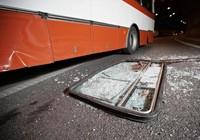 Tai nạn xe buýt làm 13 người chết, 50 người bị thương