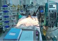 Sức sống mãnh liệt của bé bị tai nạn ngưng tim ba lần