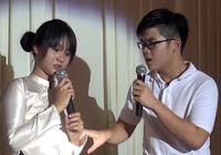"""Tiết học """"Lòng Mẹ"""" làm thầy trò THPT Nguyễn Du bật khóc"""