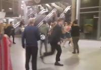 Giây phút hỗn loạn vụ nổ nhà thi đấu Manchester