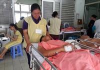 Tai nạn thảm khốc ở Bình Thuận: Phụ xe có thể bị liệt đôi chân