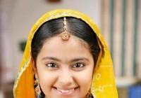 Ngôi sao Ấn Độ - Cô dâu 8 tuổi trở lại Việt Nam