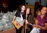 Sao chia sẻ từ thiện cùng hoa hậu Janny Thủy Trần