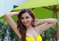 Người đẹp 'Hoa khôi miền Trung' trong trang phục áo tắm