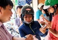 Người Sài Gòn đổ xô mua vé số kiểu Mỹ, giải đặc biệt 12 tỉ đồng