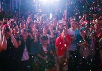 Cộng đồng LGBT TP.HCM đội mưa ăn mừng ngày hội VietPride 2016
