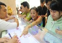 Người Sài Gòn tranh thủ đi mua vàng ngày Thần tài