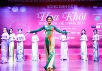 Chùm ảnh: Nữ sinh miền Trung thướt tha với áo dài