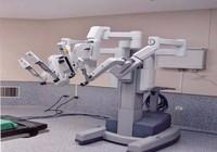 Robot giúp việc cho bác sĩ BV Chợ Rẫy như thế nào?