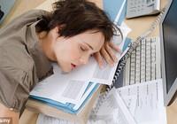 Cách thức giúp 'chiến thắng' cơn buồn ngủ trong giờ làm