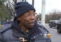 Nhờ truyền thông tìm viên cảnh sát để 'trả nợ một bữa trưa'