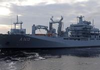NATO cho tàu chiến chặn người nhập cư vào châu Âu