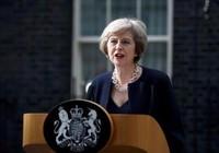 Bà Theresa May chính thức bước vào dinh thủ tướng Anh