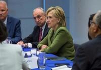 Rò rỉ email cáo buộc tiền từ thiện vào túi bà Clinton?