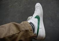 Thiếu niên 13 tuổi mua 800 đôi giày Nike làm từ thiện