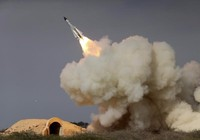 Tàu chiến Mỹ - Iran liên tiếp đối đầu nguy hiểm