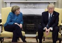 Ông Trump không bắt tay bà Merkel là do không nghe thấy