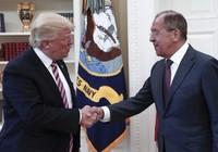 Ông Trump bị tố chia sẻ thông tin mật với Nga