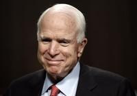 Nghị sĩ McCain trở lại làm việc sau phẫu thuật ung thư