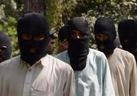Lục đục nội bộ, IS chặt đầu 15 thành viên