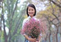 Hà Nội hoa sao đang rộ, hoa sưa còn nấn ná tháng Tư