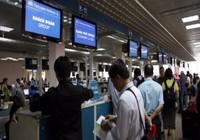 Từ 1-10, khách đi máy bay tốn thêm tiền vì mức phí mới
