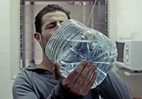 Uống nhiều quá coi chừng ngộ độc nước